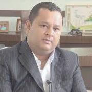 Ex-prefeito Saulo Benevides passa mal e é internado