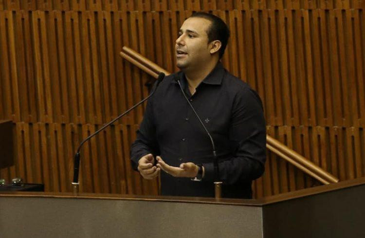 André Scarpino tem Projeto de Lei aprovado para homenagear a Comunidade Haitiana