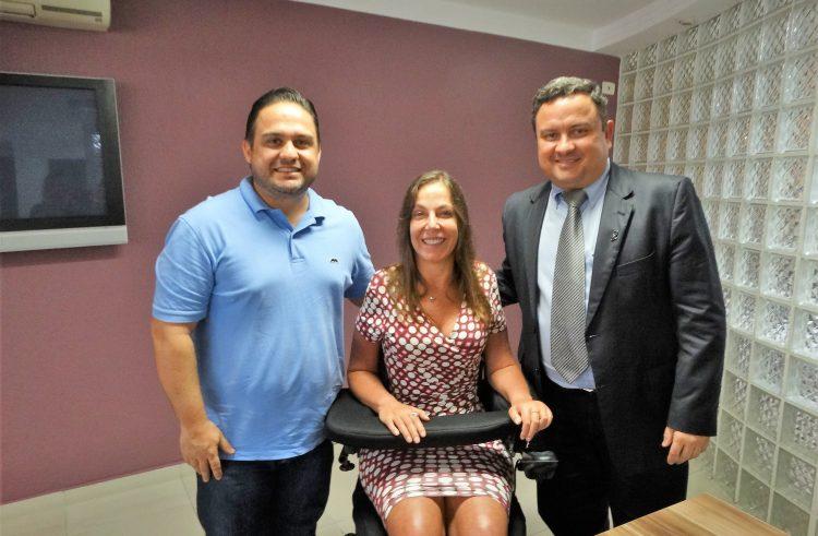 São Caetano recebe R$170 mil de emenda parlamentar para aquisição de van adaptada