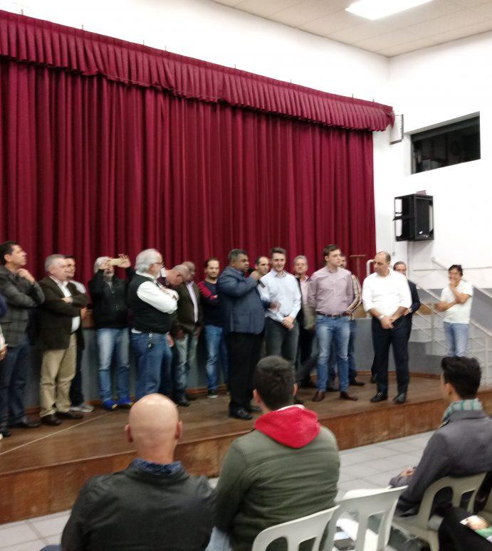 Apoiadores de Thiago Auricchio e Alex Manente se reúnem em Ribeirão Pires