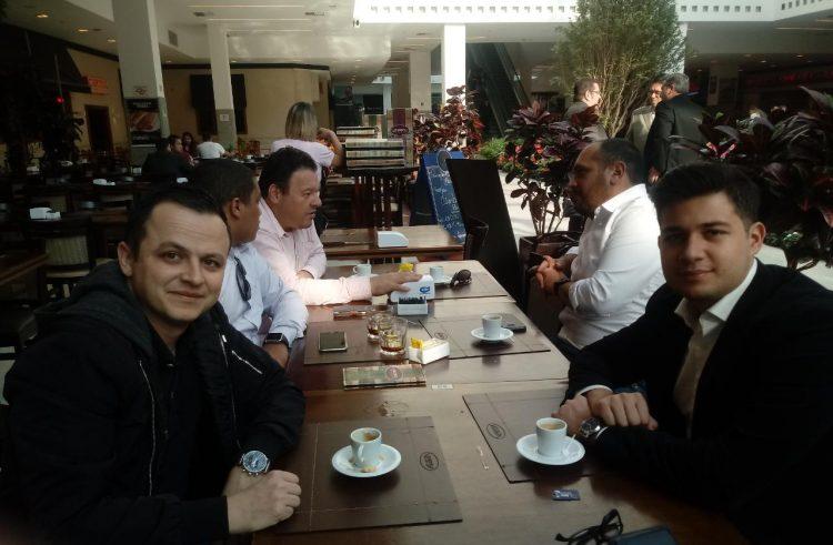 Dobrada jovem: Minhoca e Murillo Rubio estudam parceria para Santo André