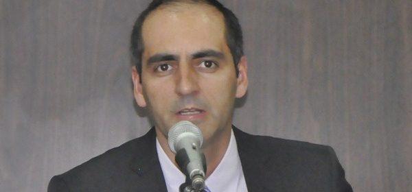 Após ter funcionários demitidos, vereador Anselmo Martins acusa Kiko de retaliação