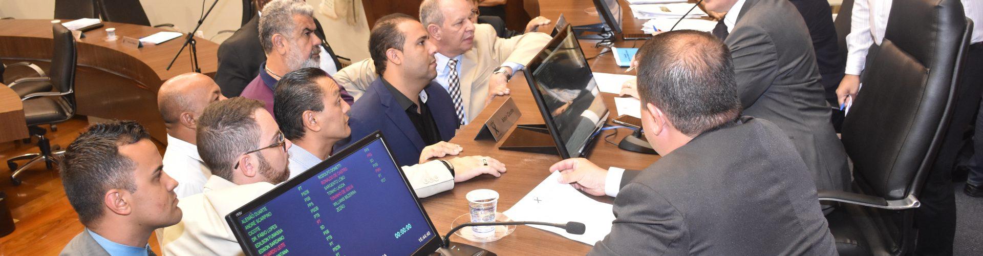 Vereadores aprovam revogação do IPTU