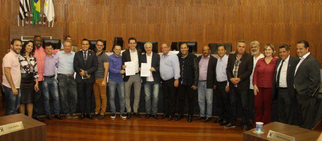 Paulo Serra apresenta na Câmara os projetos Nota Fiscal Andreense e Renegocia 2018