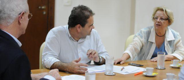 Em reunião com adjunto estadual de Saúde, Alaíde solicita recursos para o Hospital Nardini