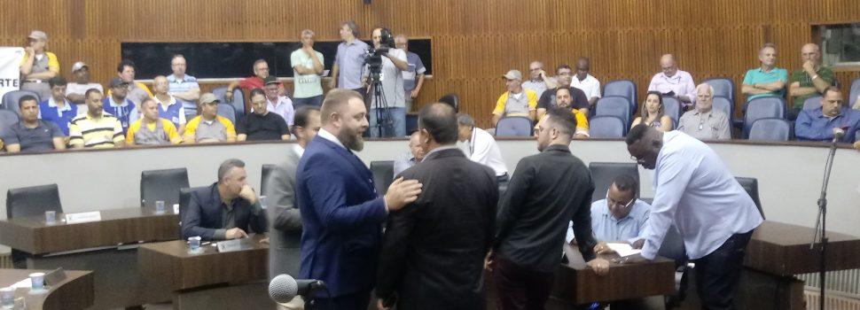 Com volta de Rautenberg, Pedrinho Botaro é eleito presidente da Câmara